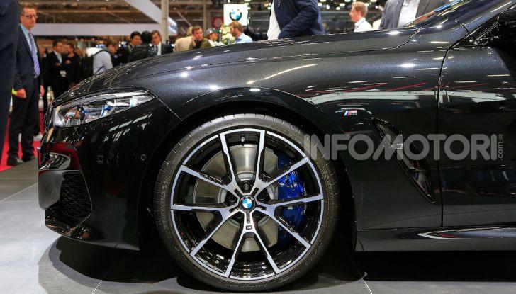 BMW Serie 8 Coupè 2018 al debutto con 530 CV - Foto 26 di 36
