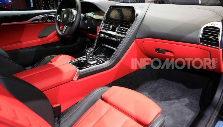 BMW Serie 8 Coupè 2018 al debutto con 530 CV - Foto 31 di 36