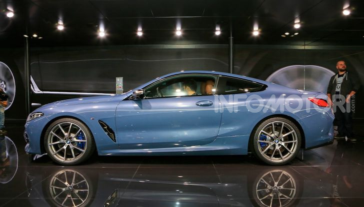 BMW Serie 8 Coupè 2018 al debutto con 530 CV - Foto 3 di 36