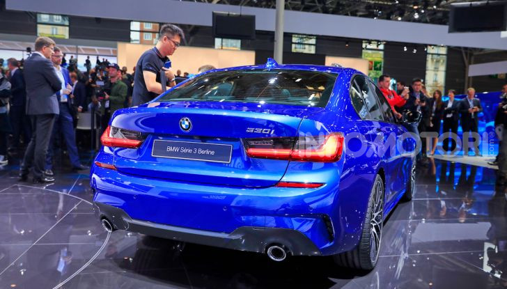 Nuova BMW Serie 3, la berlina dell'elica pronta al debutto - Foto 3 di 35