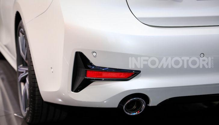 Nuova BMW Serie 3, la berlina dell'elica pronta al debutto - Foto 6 di 35