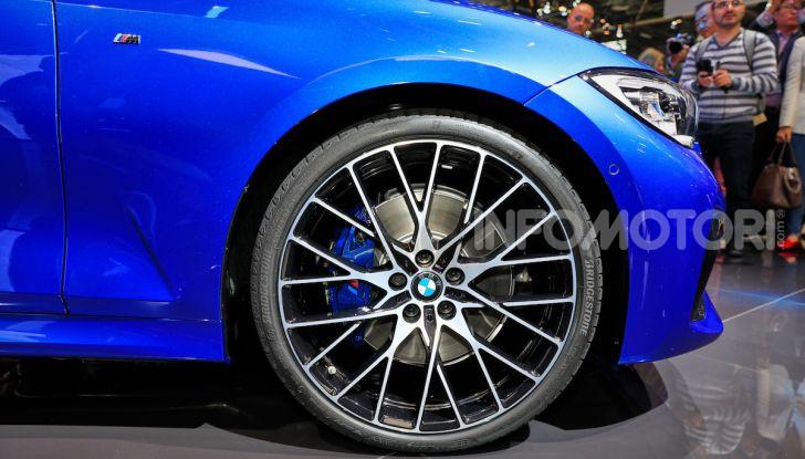 Nuova BMW Serie 3, la berlina dell'elica pronta al debutto - Foto 9 di 35