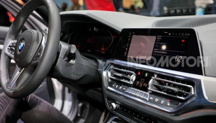 Nuova BMW Serie 3, la berlina dell'elica pronta al debutto - Foto 28 di 35