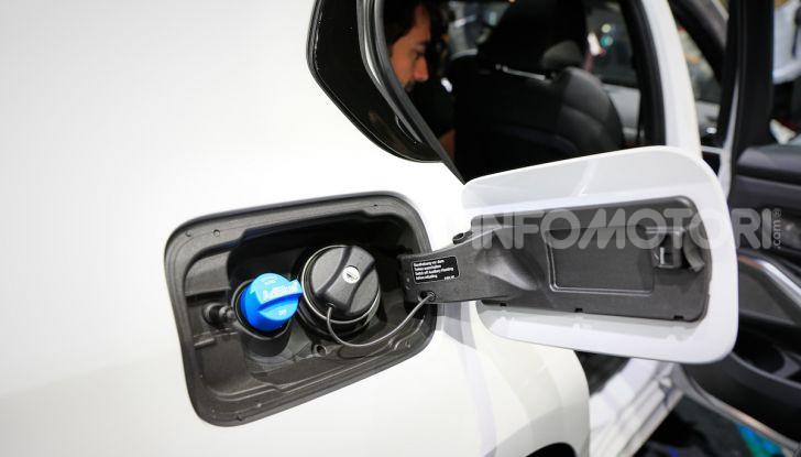 Nuova BMW Serie 3, la berlina dell'elica pronta al debutto - Foto 34 di 35