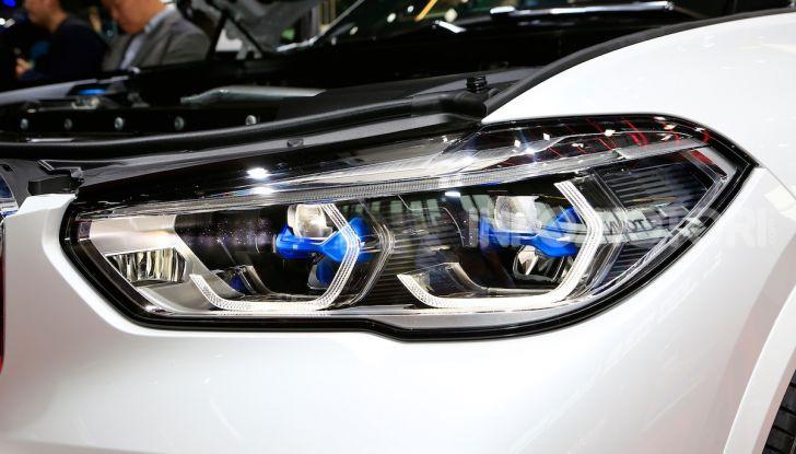 BMW X5, la quarta generazione debutta su strada - Foto 10 di 23