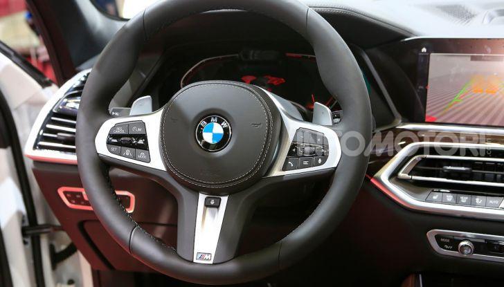 BMW X5, la quarta generazione debutta su strada - Foto 22 di 23