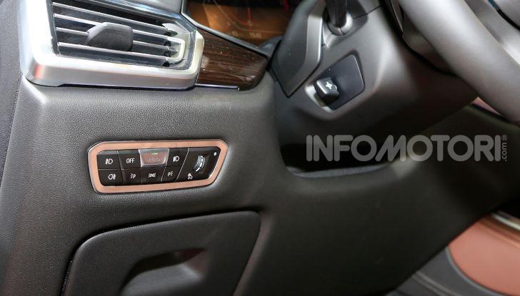 BMW X5, la quarta generazione debutta su strada - Foto 23 di 23