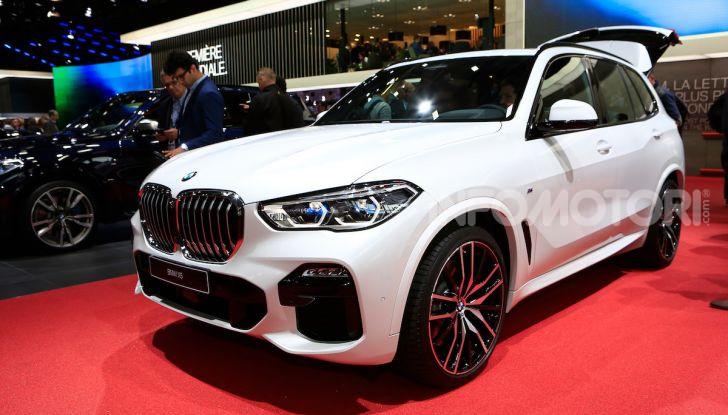 BMW X5, la quarta generazione debutta su strada - Foto 1 di 23