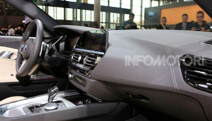 BMW Z4 2018: Eccentrica e vorace per il nuovo corso dell'Elica - Foto 17 di 23