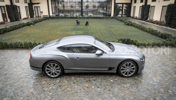 Nuova Bentley Continental GT 2018: la prova della Gran Turismo perfetta - Foto 14 di 48