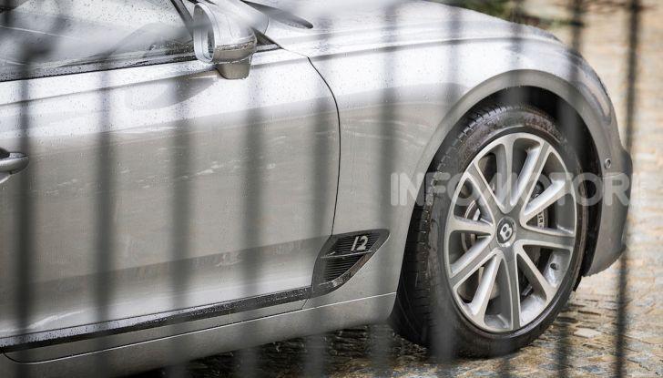 Nuova Bentley Continental GT 2018: la prova della Gran Turismo perfetta - Foto 26 di 48