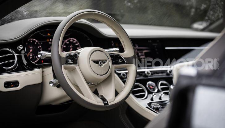 Nuova Bentley Continental GT 2018: la prova della Gran Turismo perfetta - Foto 42 di 48