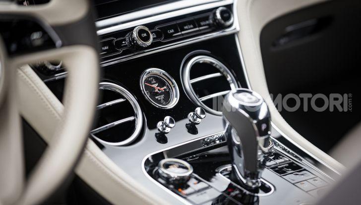 Nuova Bentley Continental GT 2018: la prova della Gran Turismo perfetta - Foto 44 di 48