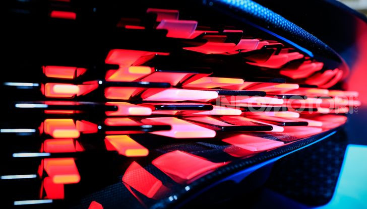 Bugatti Divo - Foto 8 di 39
