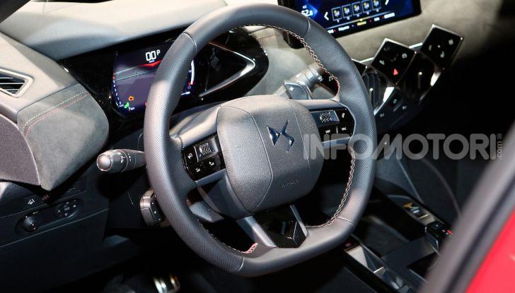 DS 3 Crossback, il SUV urbano ibrido ed elettrico - Foto 14 di 18