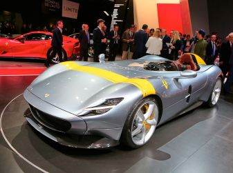 Ferrari Monza SP1 e SP2, nasce la serie limitata Icona