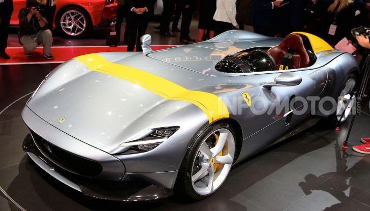 Ferrari Monza SP1 e SP2, nasce la serie limitata Icona - Foto 3 di 21