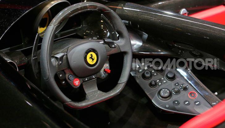 Ferrari Monza SP1 e SP2, nasce la serie limitata Icona - Foto 4 di 21