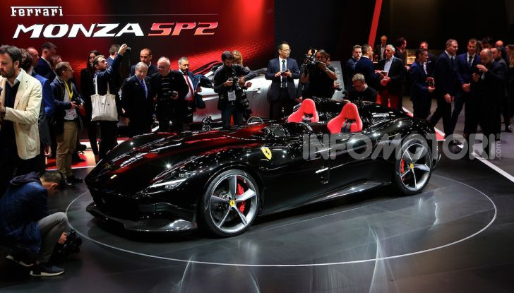 Ferrari Monza SP1 e SP2, nasce la serie limitata Icona - Foto 19 di 21