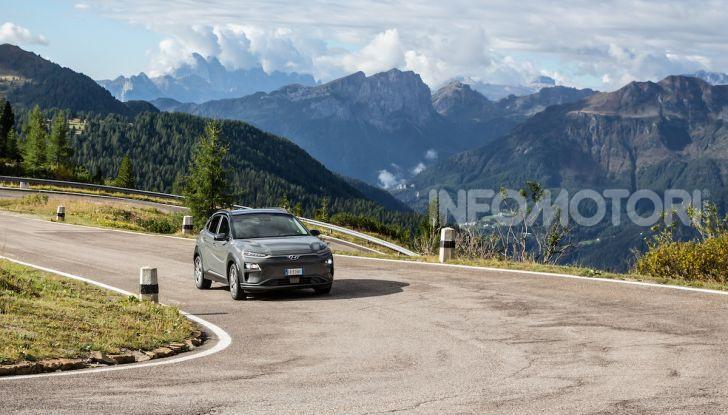 Hyundai Kona EV, test drive del SUV elettrico - Foto 2 di 18