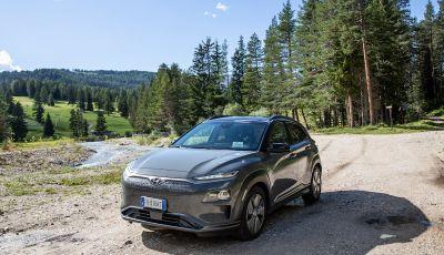 Hyundai Kona EV, test drive del SUV elettrico