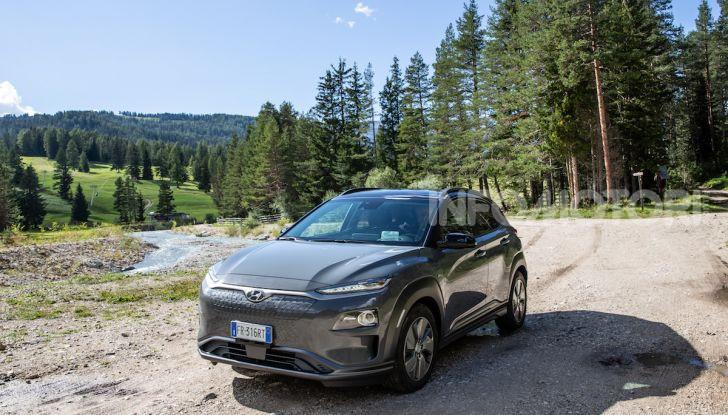 Hyundai Kona EV, test drive del SUV elettrico - Foto 5 di 18