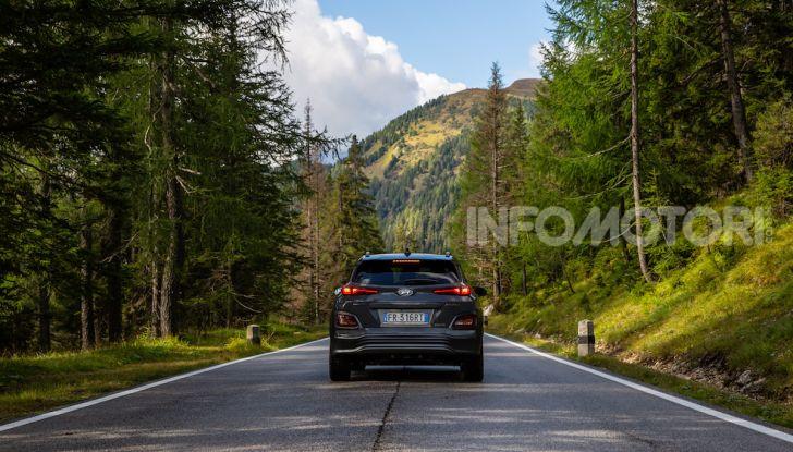 Hyundai Kona EV, test drive del SUV elettrico - Foto 6 di 18