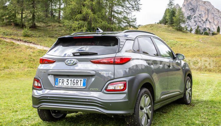 Hyundai Kona EV, test drive del SUV elettrico - Foto 10 di 18