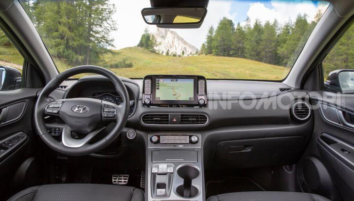 Hyundai Kona EV, test drive del SUV elettrico - Foto 18 di 18