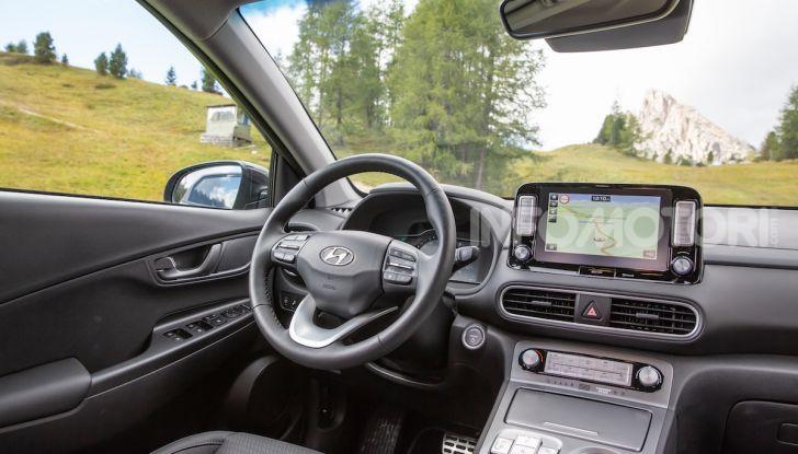 Hyundai Kona EV, test drive del SUV elettrico - Foto 8 di 18