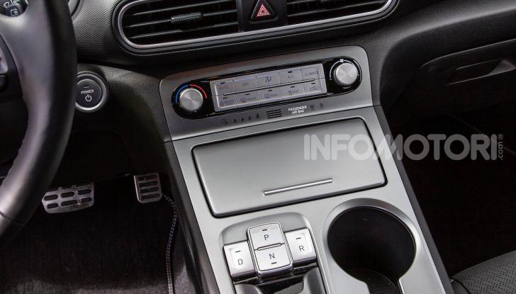 Hyundai Kona EV, test drive del SUV elettrico - Foto 9 di 18