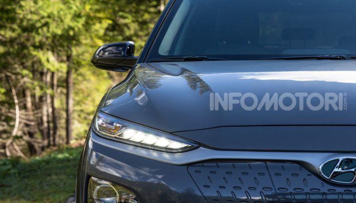 Hyundai Kona EV, test drive del SUV elettrico - Foto 3 di 18