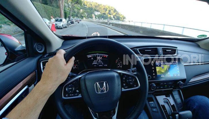 Nuova Honda CR-V 2018, la prova del SUV nipponico con motore V-TEC - Foto 7 di 27