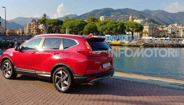 Nuova Honda CR-V 2018, la prova del SUV nipponico con motore V-TEC - Foto 3 di 27
