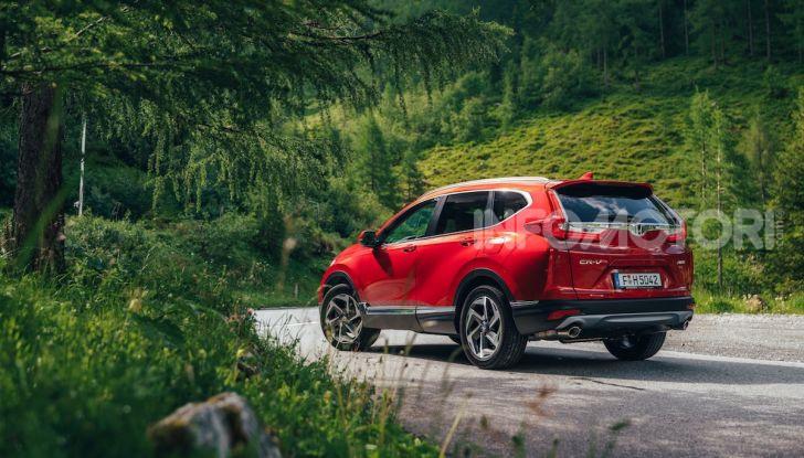 Nuova Honda CR-V 2018, la prova del SUV nipponico con motore V-TEC - Foto 24 di 27