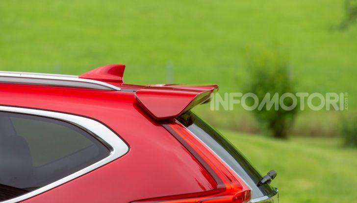 Nuova Honda CR-V 2018, la prova del SUV nipponico con motore V-TEC - Foto 11 di 27