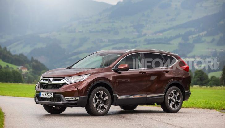 Nuova Honda CR-V 2018, la prova del SUV nipponico con motore V-TEC - Foto 15 di 27