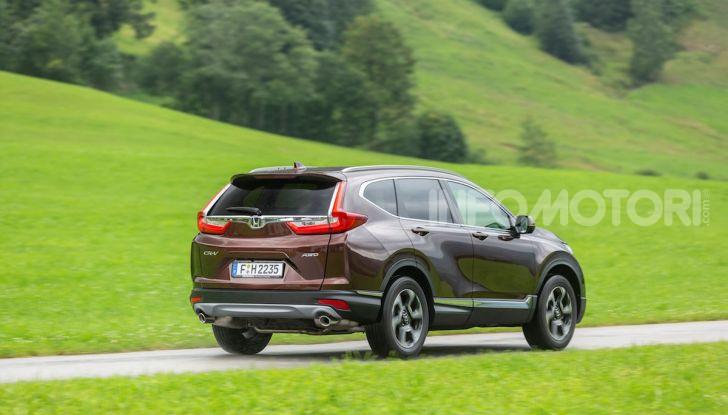 Nuova Honda CR-V 2018, la prova del SUV nipponico con motore V-TEC - Foto 17 di 27