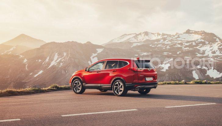 Nuova Honda CR-V 2018, la prova del SUV nipponico con motore V-TEC - Foto 25 di 27