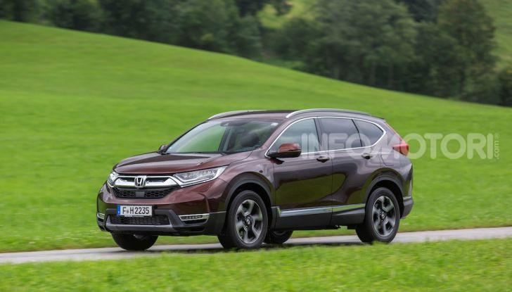 Nuova Honda CR-V 2018, la prova del SUV nipponico con motore V-TEC - Foto 18 di 27