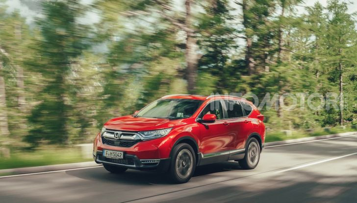 Nuova Honda CR-V 2018, la prova del SUV nipponico con motore V-TEC - Foto 9 di 27