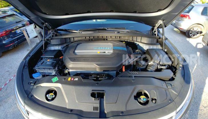 Hyundai Nexo da record: 778 km con un pieno di idrogeno - Foto 9 di 9