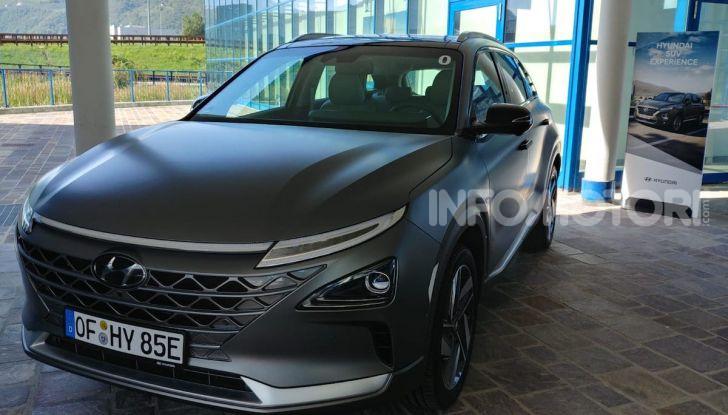 Prova Hyundai Nexo 2018: Il SUV a Idrogeno è già presente - Foto 1 di 9