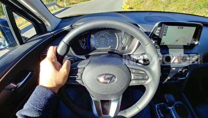 Prova Hyundai Nexo 2018: Il SUV a Idrogeno è già presente - Foto 8 di 9
