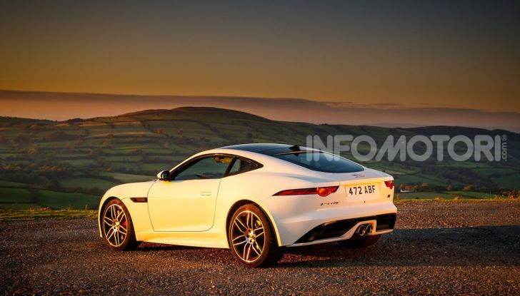 Jaguar F-Type Chequered Flag Limited Edition - Foto 7 di 10
