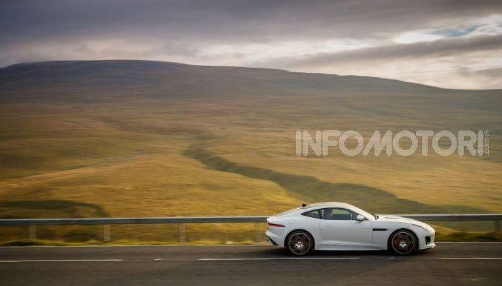Jaguar F-Type Chequered Flag Limited Edition - Foto 3 di 10