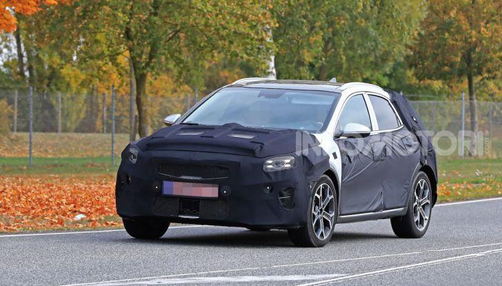 Kia Ceed SUV 2020: il terzo elemento tra Stonic e Sportage - Foto 3 di 11