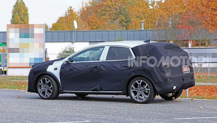 Kia Ceed SUV 2020: il terzo elemento tra Stonic e Sportage - Foto 7 di 11