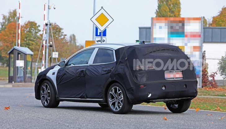 Kia Ceed SUV 2020: il terzo elemento tra Stonic e Sportage - Foto 8 di 11