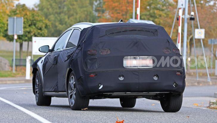 Kia Xceed: come sarà il nuovo mini SUV coreano - Foto 13 di 31